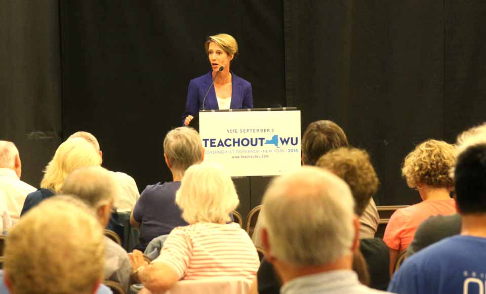 Zephys Teachout, the Fordham University law professor and progressive challenger to Governor Cuomo in the Tuesday, Sept. 9, Democratic primary showed delight when she entered Foothills black-box studio in Oneonta Saturday evening, to rousing applause from more than 200 supporters.  This is her second appearance in Otsego County during her campaign; she spoke in Courtroom #1 in Cooperstown Aug. 8.  (Jim Kevlin/AllOTSEGO.com)